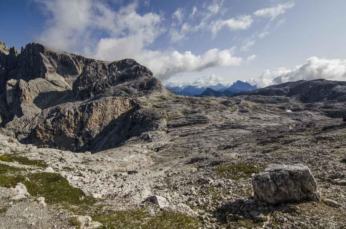 Altopiano Pale San Martino con rocce