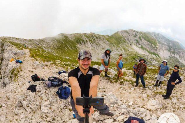 Foto di gruppo Mountains Are Calling sulla vetta del Monte Terminillo