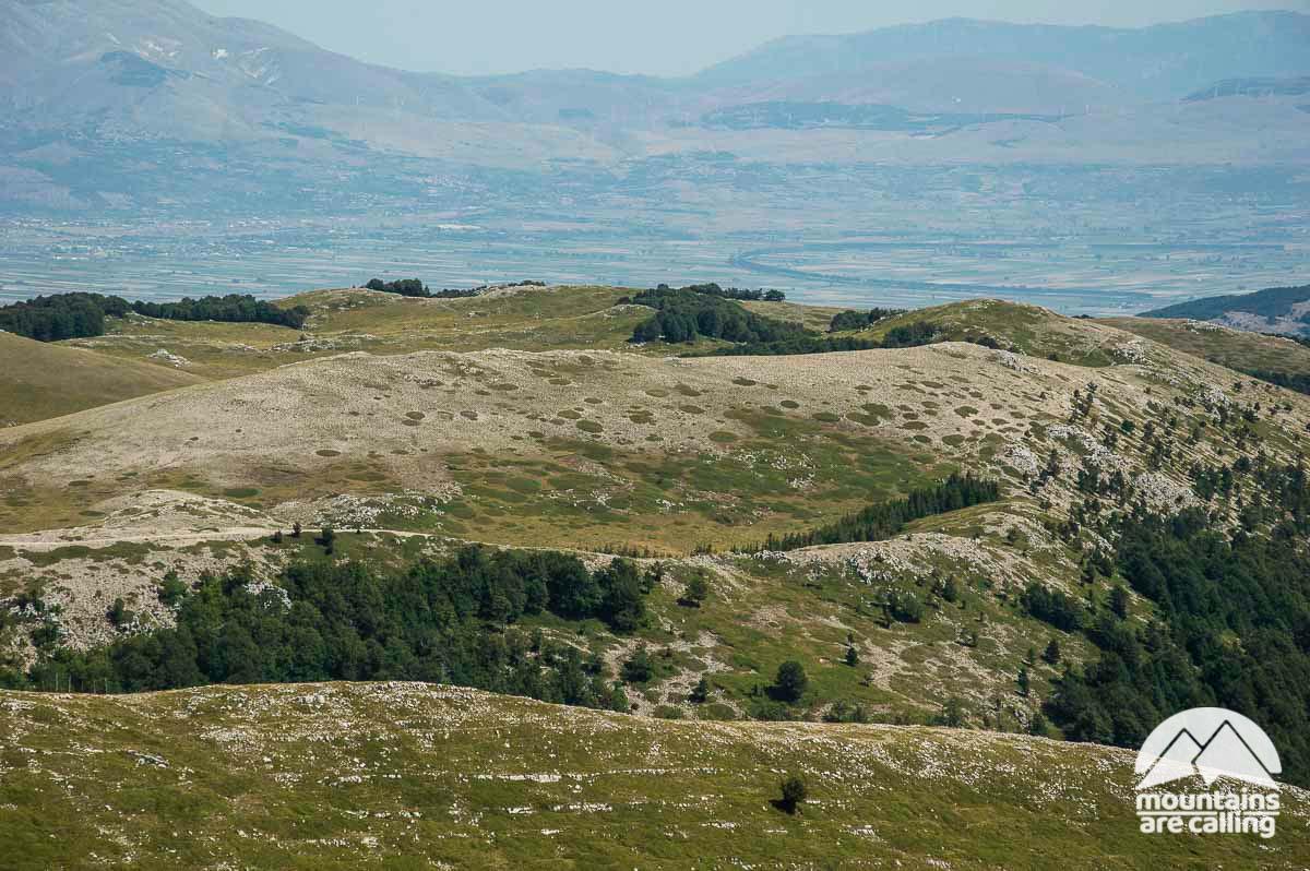 I Colli Staffi e il Monte Viperella dalla vetta del Monte Cotento